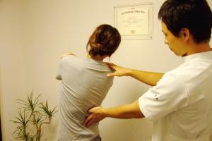 股関節のバランスチェック